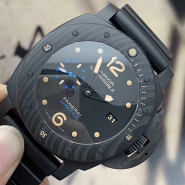 Panerai Carbon Submersible PAM00616 2017