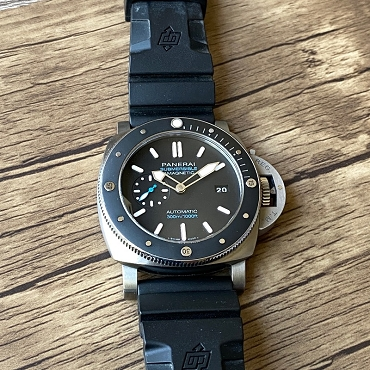 Panerai Luminor Submersible 1950 3 Days PAM1389